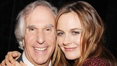 Henry Winkler gets close to co-star Alicia Silverstone. 