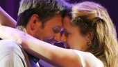 Show Photos - Reason to be Happy - Josh Hamilton - Jenna Fischer