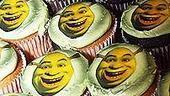 Shrek Opens in Seattle - cupcakes