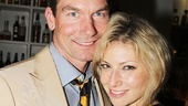 Jerry O'Connell strikes a pose with Ari Graynor. See the stars in American Hero at the McGinn/Kazale Theatre!