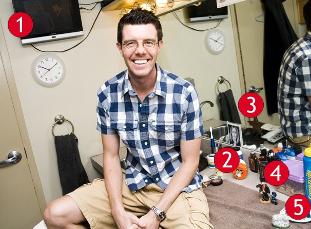 Gavin Lee Settles In Again At Mary Poppins Broadway Buzz