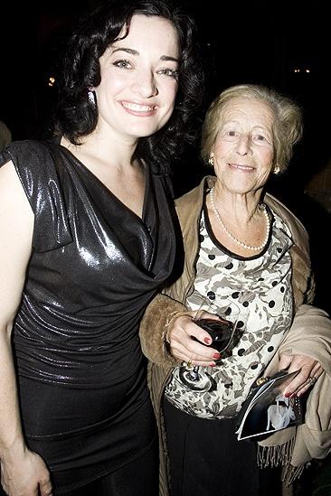 Mary Poppins New Cast 2009 – Laura Michelle Kelly – Diana Gladys Mackintosh