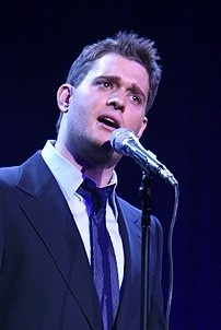 Photo Op - Idina Menzel at Madison Square Garden - Michael Buble 1