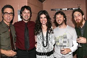 Photo Op - Idina Menzel at Madison Square Garden - Idina Menzel - band