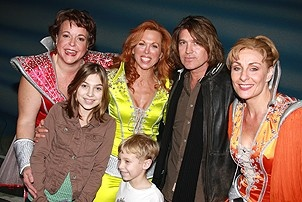 Photo Op - Miley Cyrus at Mamma Mia! - Gina Ferrall - Carolee Carmello- Billy Ray Cyrus - Judy McLane - son and daughter