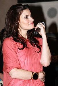 Idina Menzel at Virgin - Idina singing 1