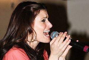 Idina Menzel at Virgin - Idina sings 4