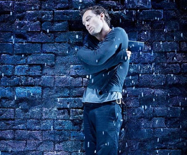Hamlet - Show Photos - Jude Law (snow)