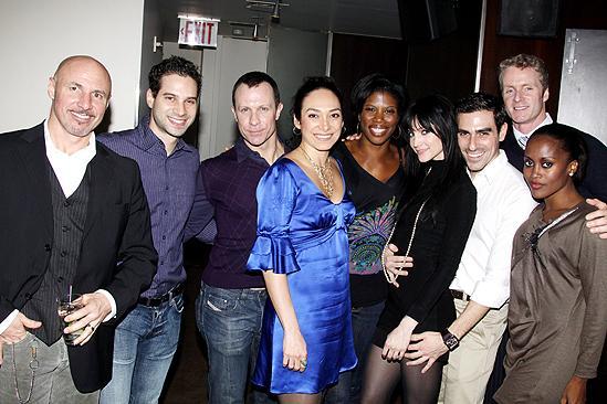 Ashlee Simpson Chicago opening – Ashlee Simpson – cast
