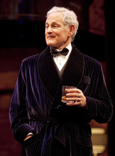 Present Laughter - Show Photos - Victor Garber