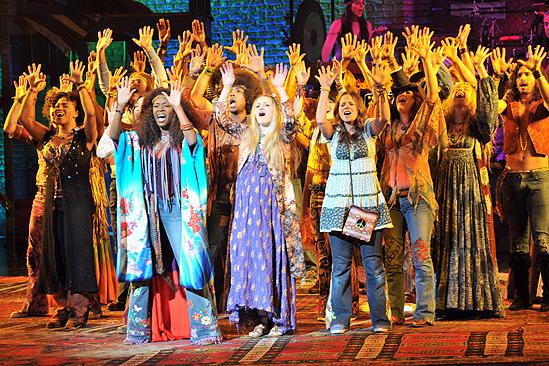 Hair New Cast First Performance – tribe singing Aquarius