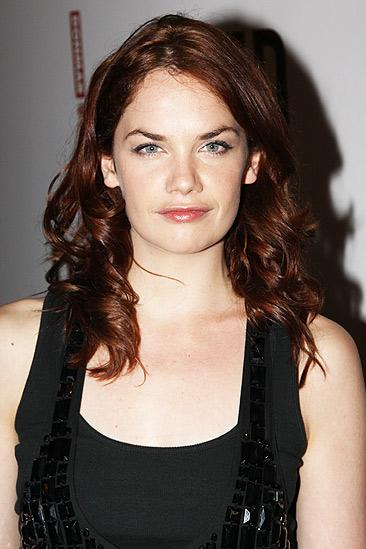 Red opening – Ruth Wilson