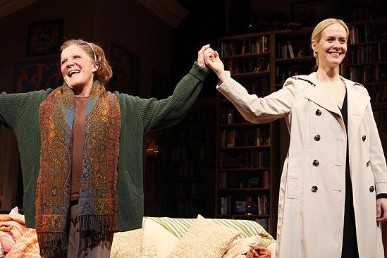Collected Stories Opening Night – Linda Lavin – Sarah Paulson (bows)