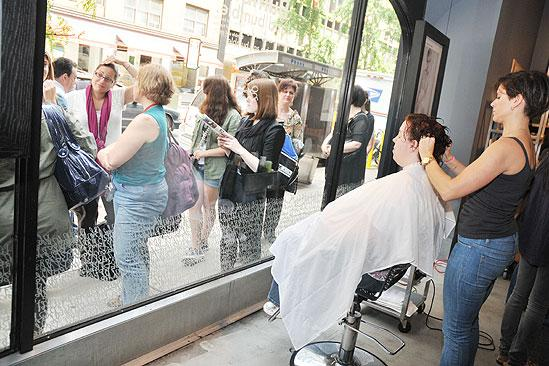 Hair Event at Bumble and Bumble – crowds