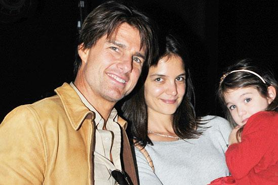 Tom Cruise at Come Fly Away – Tom Cruise – Katie Holmes – Suri Cruise