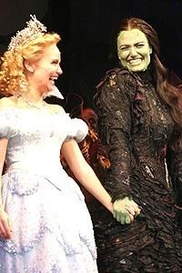 Wicked Opening - Curtain Call - Kristin Chenoweth - Idina Menzel