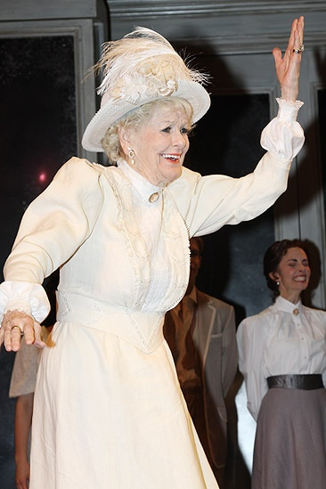 Elaine Stritch and Bernadette Peters Night Music – Elaine Stritch wave