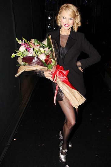 Christie Brinkley opens – Christie Brinkley
