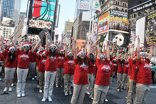 Radio City Rockettes in Times Square –