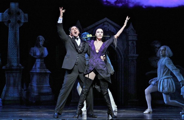 Show Photos - The Addams Family - Douglas Sills - Sara Gettelfinger