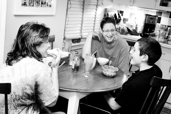 Day in the Life of Judy Gold – Judy Gold – partner Elysa – son Ben (breakfast)