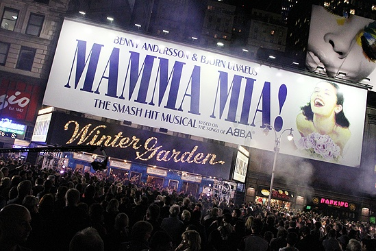 Mamma Mia Tenth Anniversary – marquee