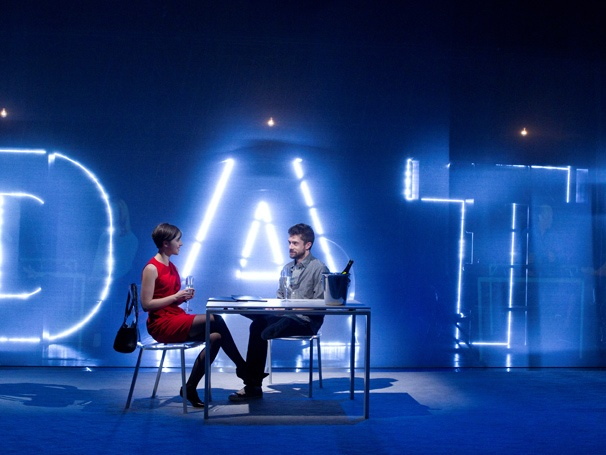 Show Photos - Lonely, I'm Not - Olivia Thirlby - Topher Grace