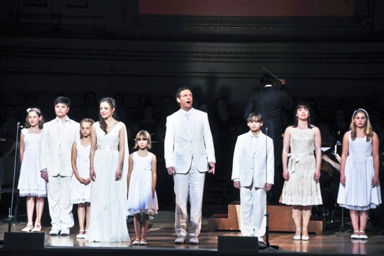 Sound of Music at Carnegie Hall – Laura Osnes – Tony Goldwyn – children