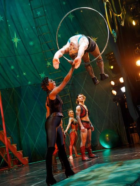 Show Photos - Pippin - Patina Miller - Philip Rosenberg - Viktoria Grimmy - Orion Griffiths