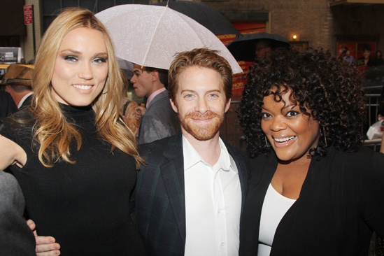 'First Date' Opening — Clare Grant — Seth Green — Yvette Nicole Brown