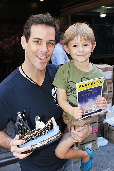 Flea Market 2013 – Jeremy Stolle – son Lincoln