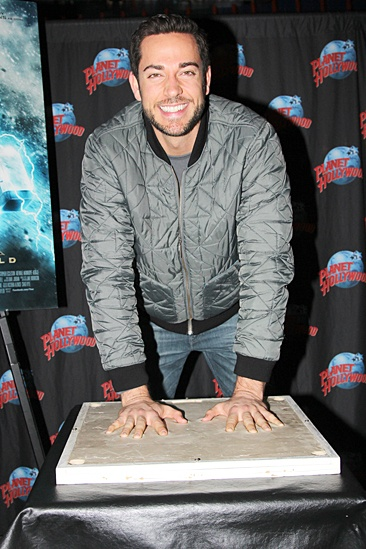 First Date - Zachary Levi at Planet Hollywood – Zachary Levi