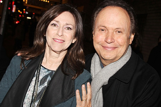 700 Sundays opening – Janice Crystal – Billy Crystal