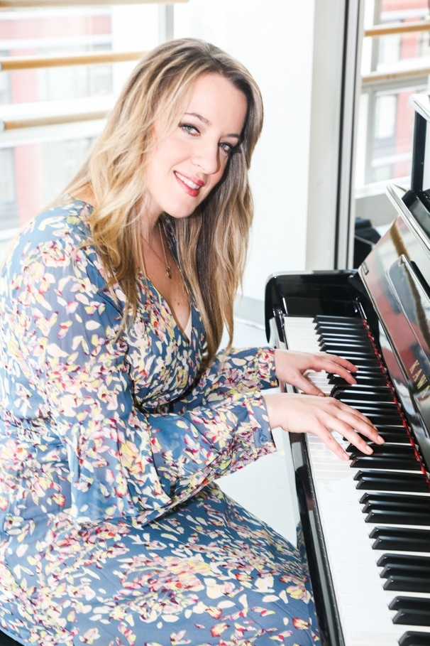 Beautiful: The Carole King Musical - Tour cast - Meet the press - 9/15 - Abby Mueller
