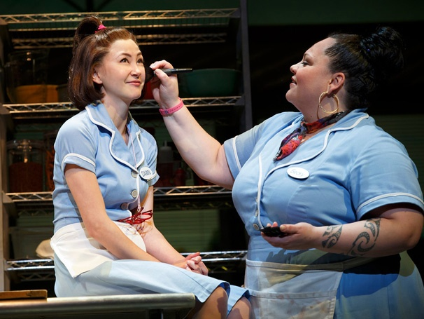 Show Photos - Waitress - Kimiko Glenn - Keala Settle