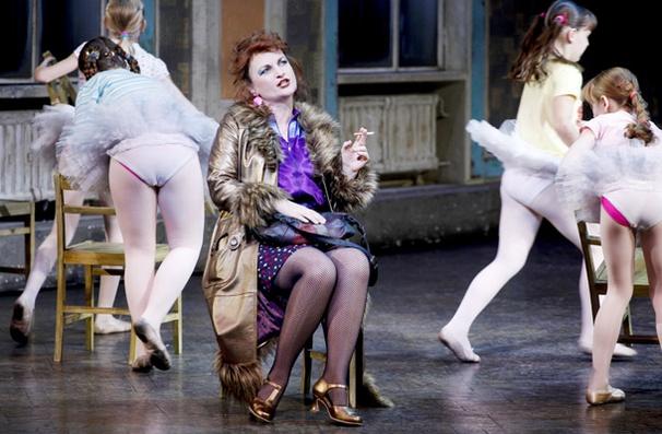 Show Photos - Billy Elliot - Kate Hennig