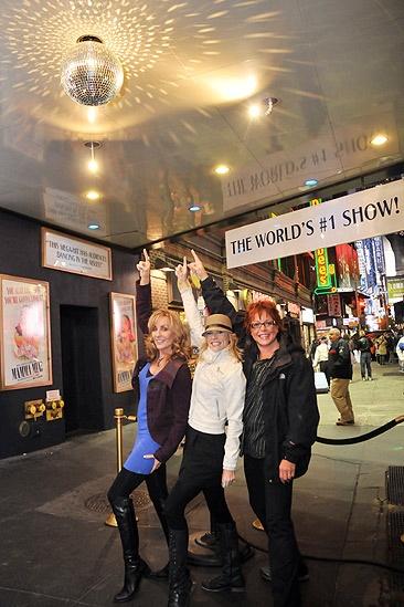 Mamma Mia Disco Ball Lighting – Gina Ferrall – Lisa Brescia – Judy McLane (pointing)