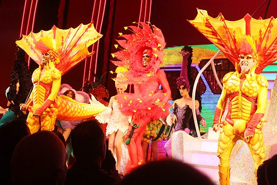 Priscilla Opening in Toronto – cc – ensemble red/yellow