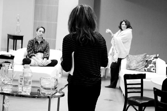 Other Desert Cities Rehearsal – Elizabeth Marvel – Stockard Channing – Linda Lavin (black and white)