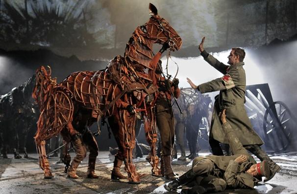 Show Photos - War Horse - Peter Hermann - Elliot Villar