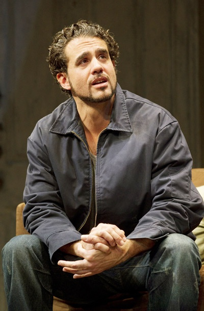 Show Photos - Mother**ker with the Hat - Bobby Cannavale