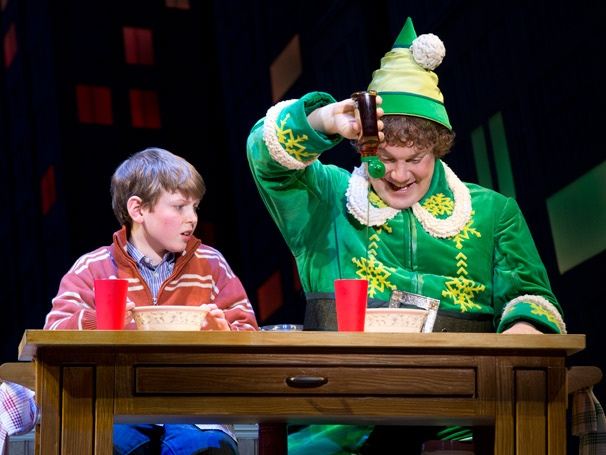 Merveilleux Mitchell Sink As Michael And Jordan Gelber As Buddy In Elf. ...