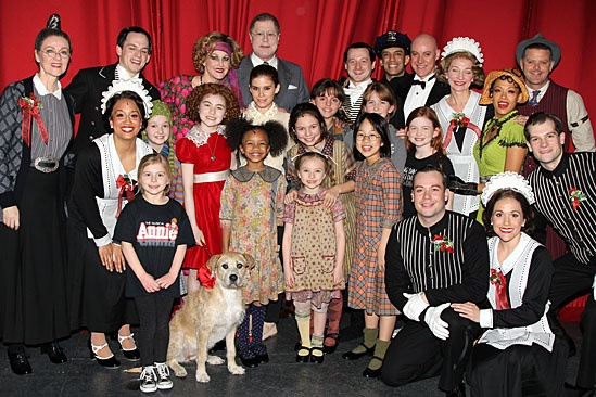 Kate Mara & Dave Grohl at Annie – Kate Mara – Lilla Crawford – ensemble