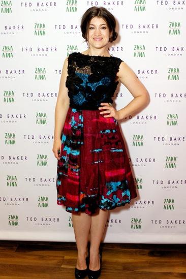 Zara Aina Benefit – Sarah Stiles
