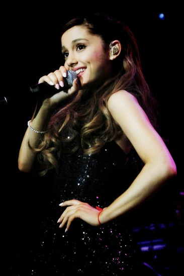 Broadway Com Photo 3 Of 6 Yours Truly Pop Star Ariana