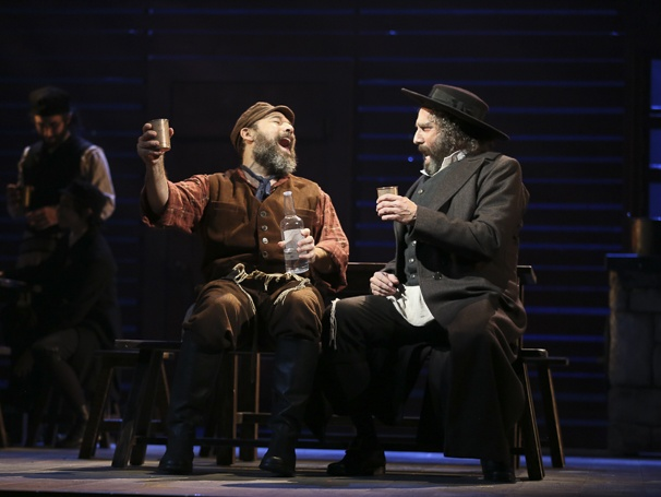 Broadway Com Photo 1 Of 15 Fiddler On The Roof Show