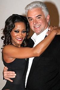 Chicago Givens O'Hurley Press Event - Robin Givens - John O'Hurley - embrace