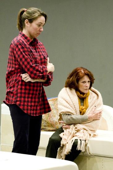 Other Desert Cities Rehearsal – Elizabeth Marvel – Linda Lavin