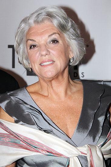 2011 Tony Awards Red Carpet –