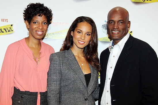 Broadway photo 6 of 11 alicia keys dul hill tracie thoms alicia keys dul hill tracie thoms more meet the press and stir up excitement for stick fly m4hsunfo